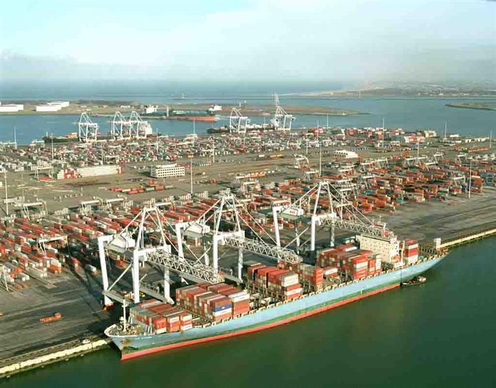 业界就改进集装箱危险品运输安全达成共识